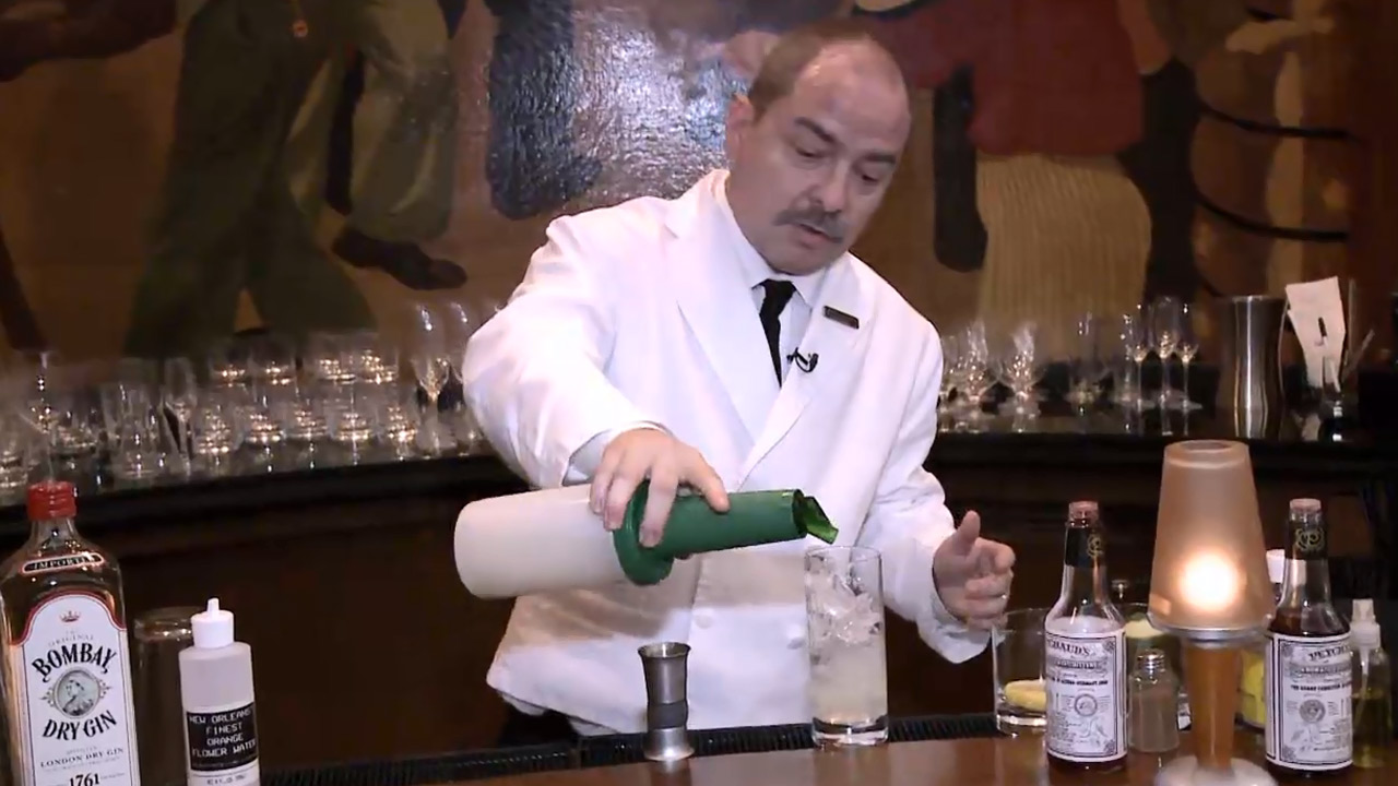 Sazerac Bar Ramos Gin Fizz - Nightlife