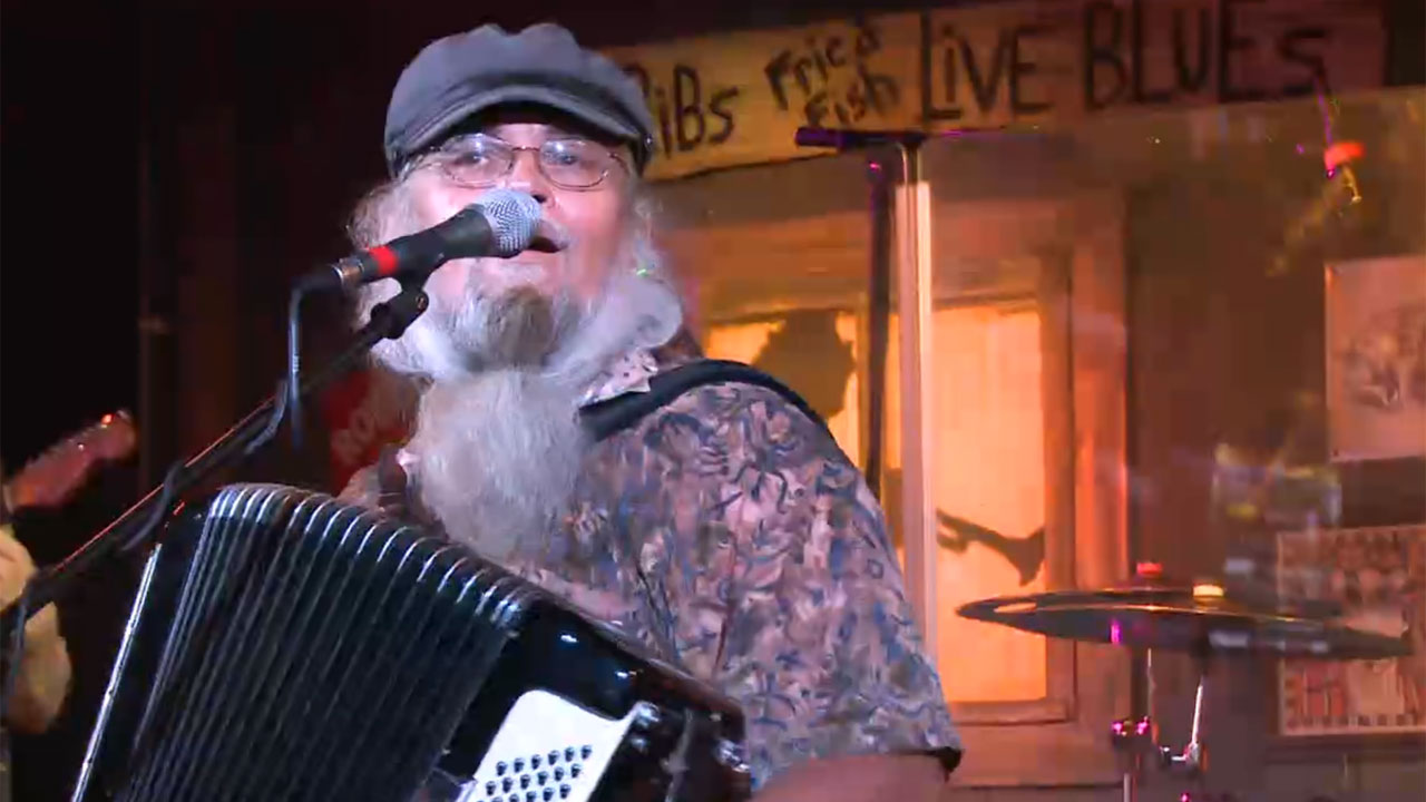 Best Restaurants for Music on the Emerald Coast  - Top 5