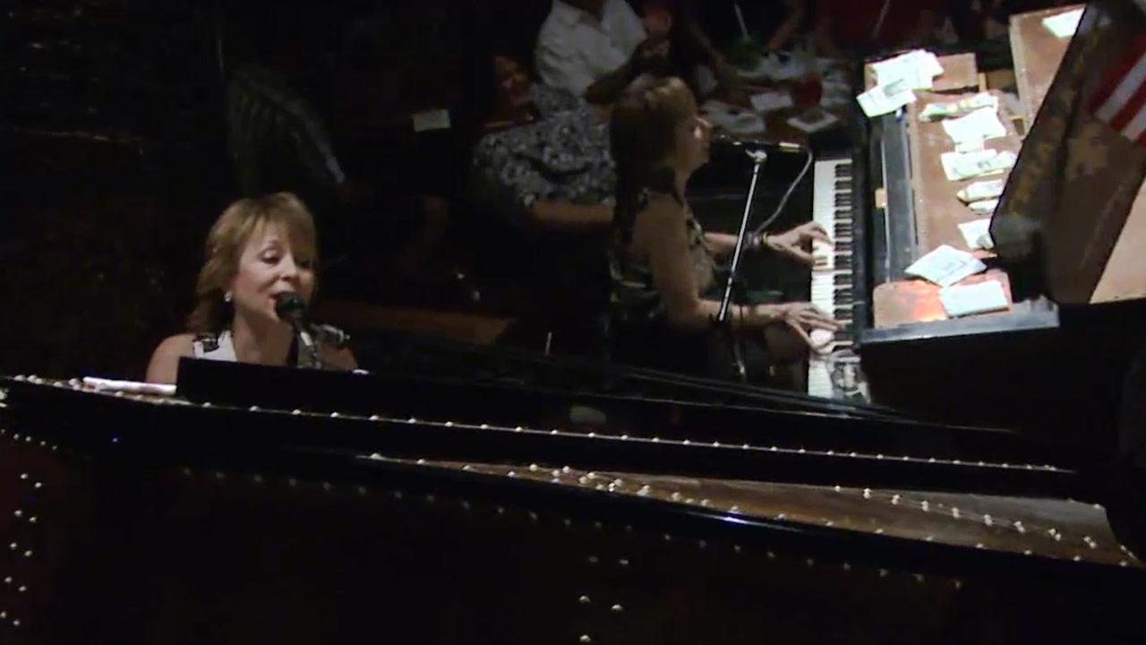 Alvin Babineaux & Victoria Amato - Music Scene