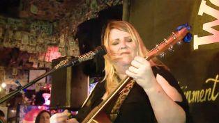 Michelle Dravis at Willie T's