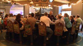 Carousel Bar - Club Hour