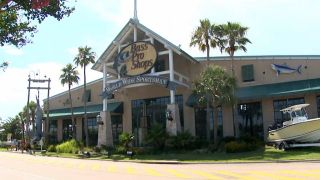 Bass Pro Shops Surf Fishing - A...