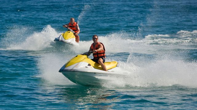florida helicopter tour with Ten Best Adventurous Activities Panama City Beach on Things To Do In Miami besides 2131071847210442301 furthermore Palm Beach likewise Universal Studios Los Angeles as well Belize Barrier Reef.