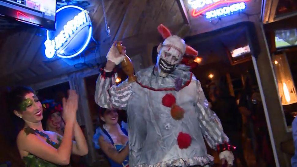 Halloween at Schooners - Nightlife
