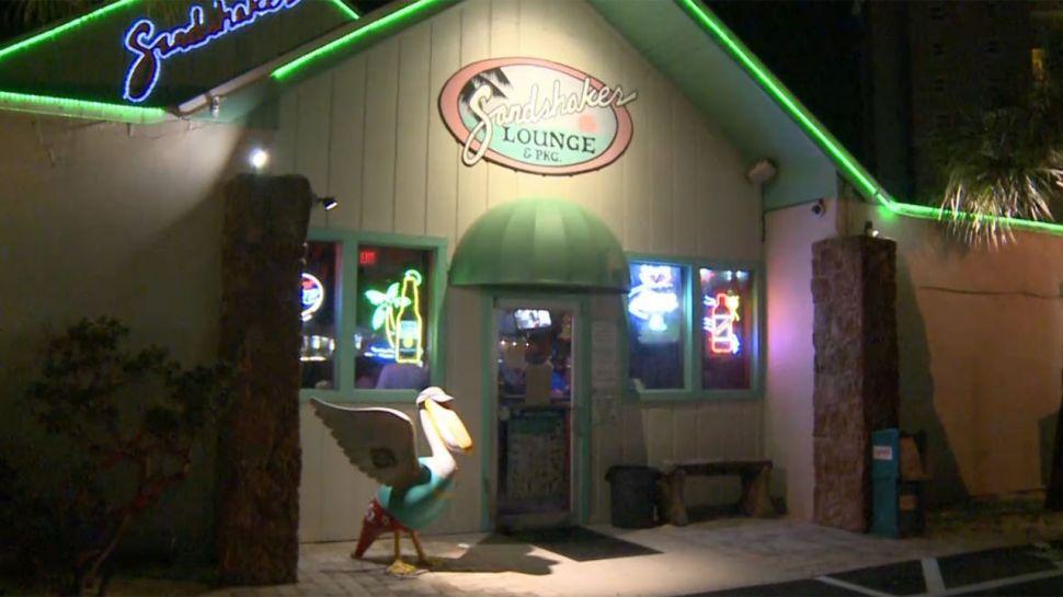 Sandshaker Lounge - Club Hour
