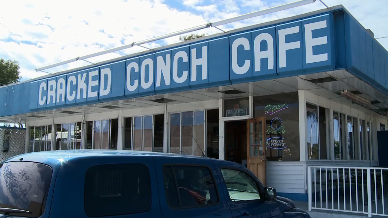 Cracked Conch Cafe Welcome Message
