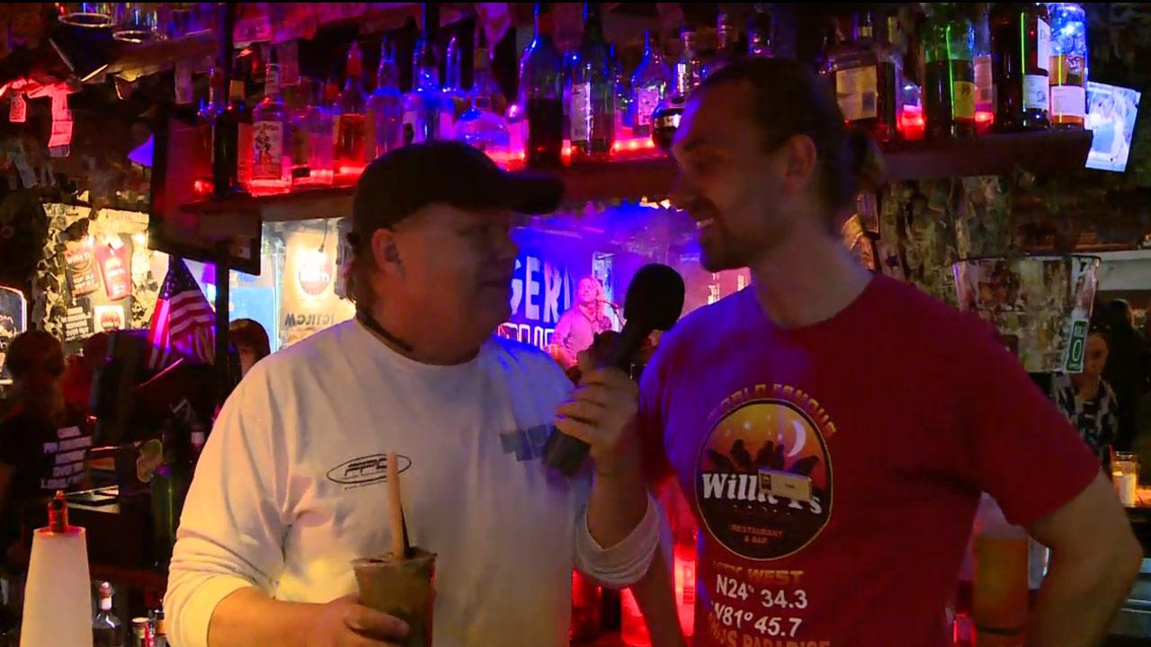 Willie T's - Nightlife