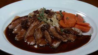 Perrone's Restaurant & Bar - Nightlife