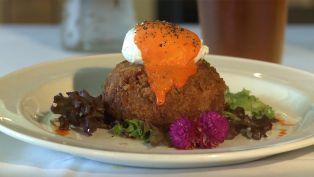 Ye Old College Inn - Dining Tip