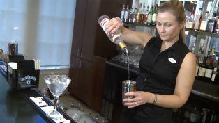 Ellis Hotel - Club Hour