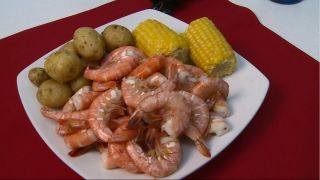 Steamed Seafood from Destin Ice -...