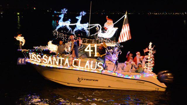 Destin Holiday Boat Parade   TripSmarter.Com