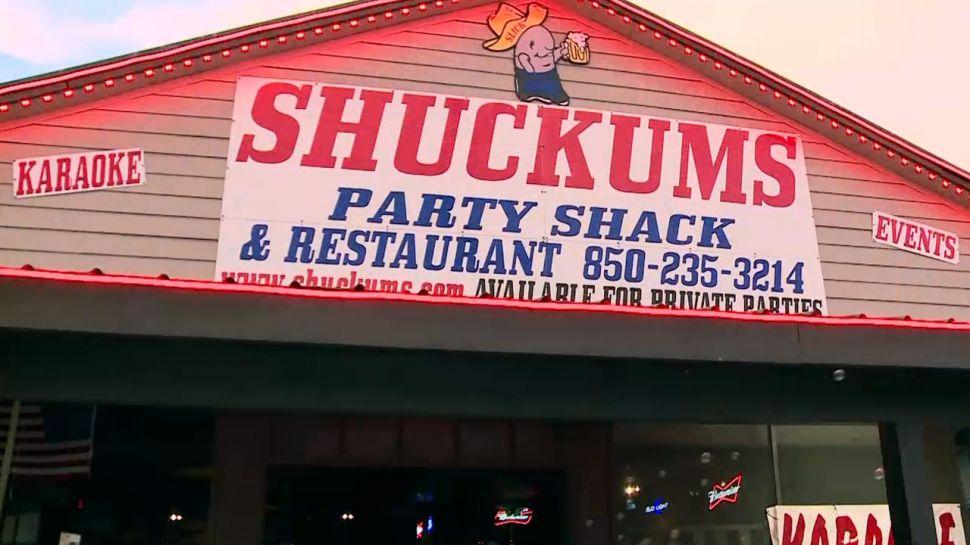 Shuckums Oyster Bar - Nightlife