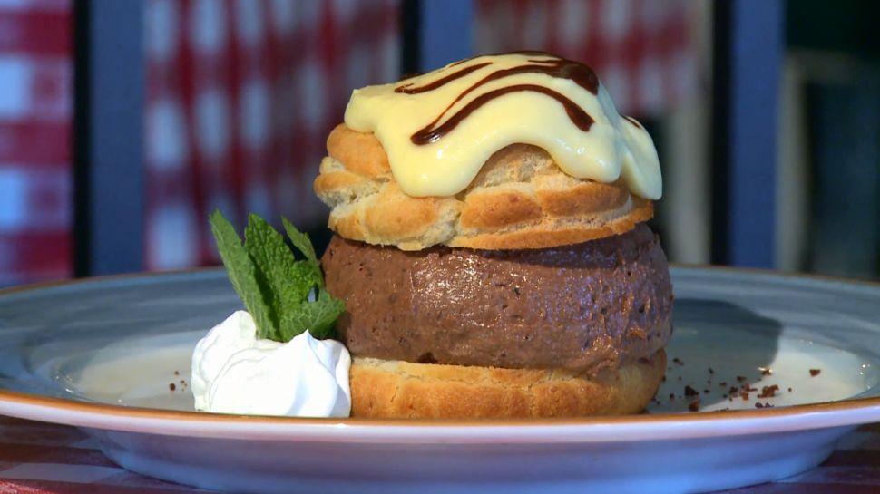 Cafe Largo - Dining Tip
