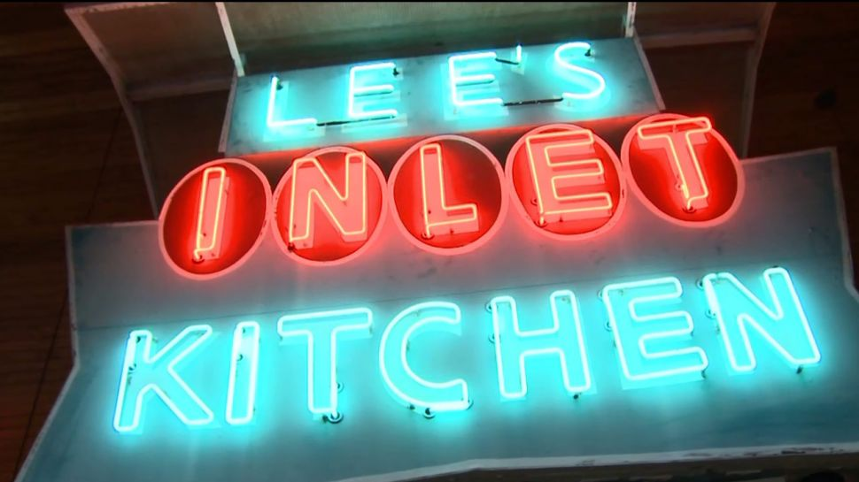 Lee's Inlet Kitchen - Nightlife