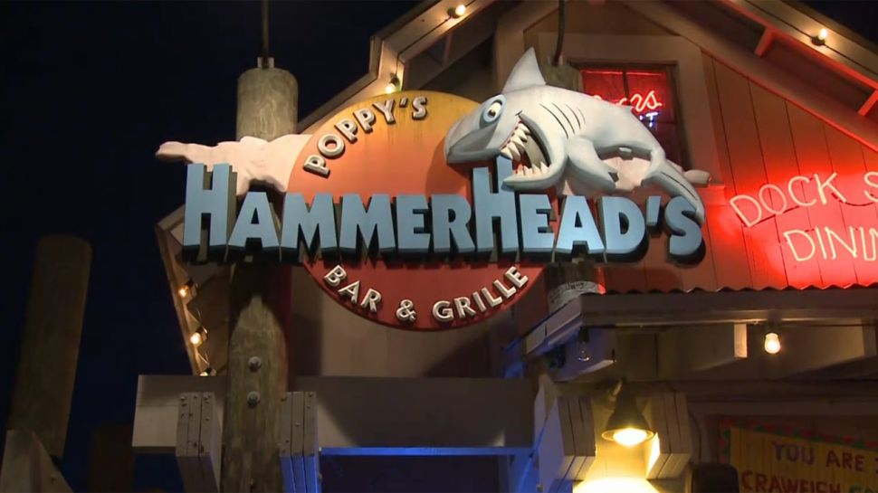 Hammerheads Bar and Grille - Club Hour