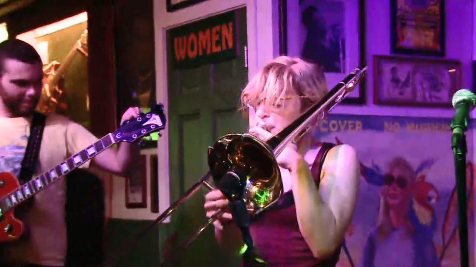 The Green Parrot Bar - Music Scene