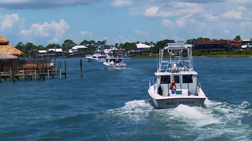 Best Dining by Boat on Alabama's Gulf Coast  - Top 5